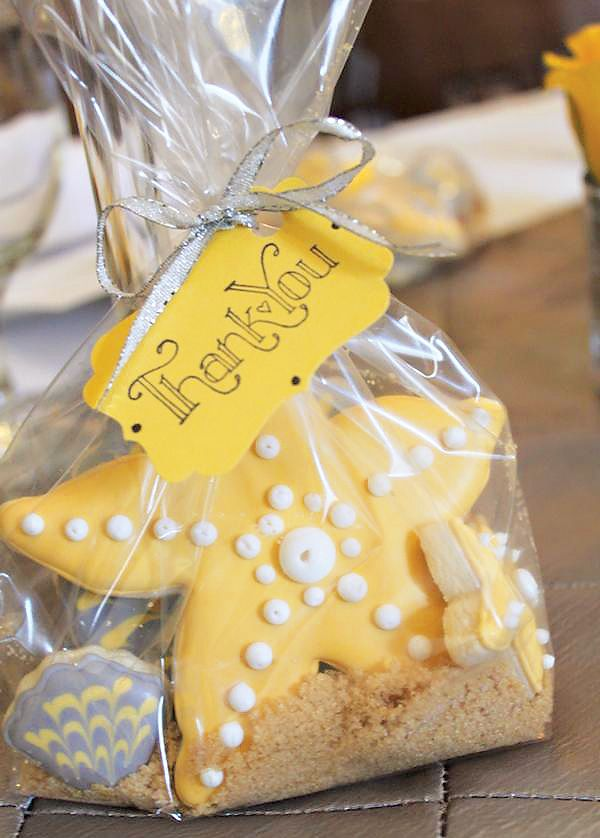 Beach Wedding Favor Ideas | | TopWeddingSites.com