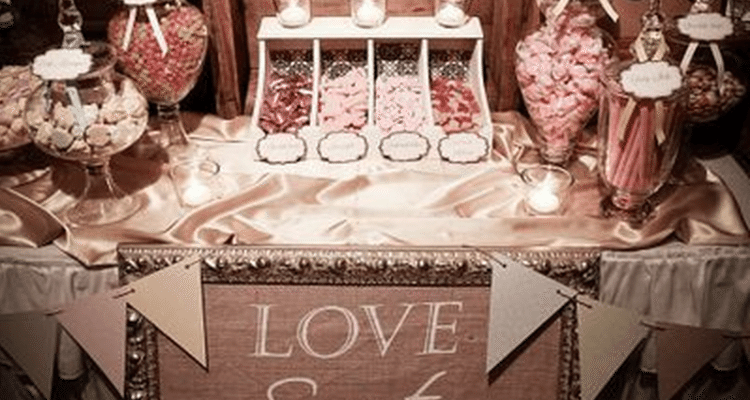 How Sweet It Is: Building the Candy Buffet of Your Dreams | Wedding ...