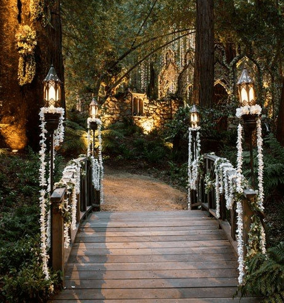 Ceremony And Reception Gap: Three Knockout Theme Wedding Ideas