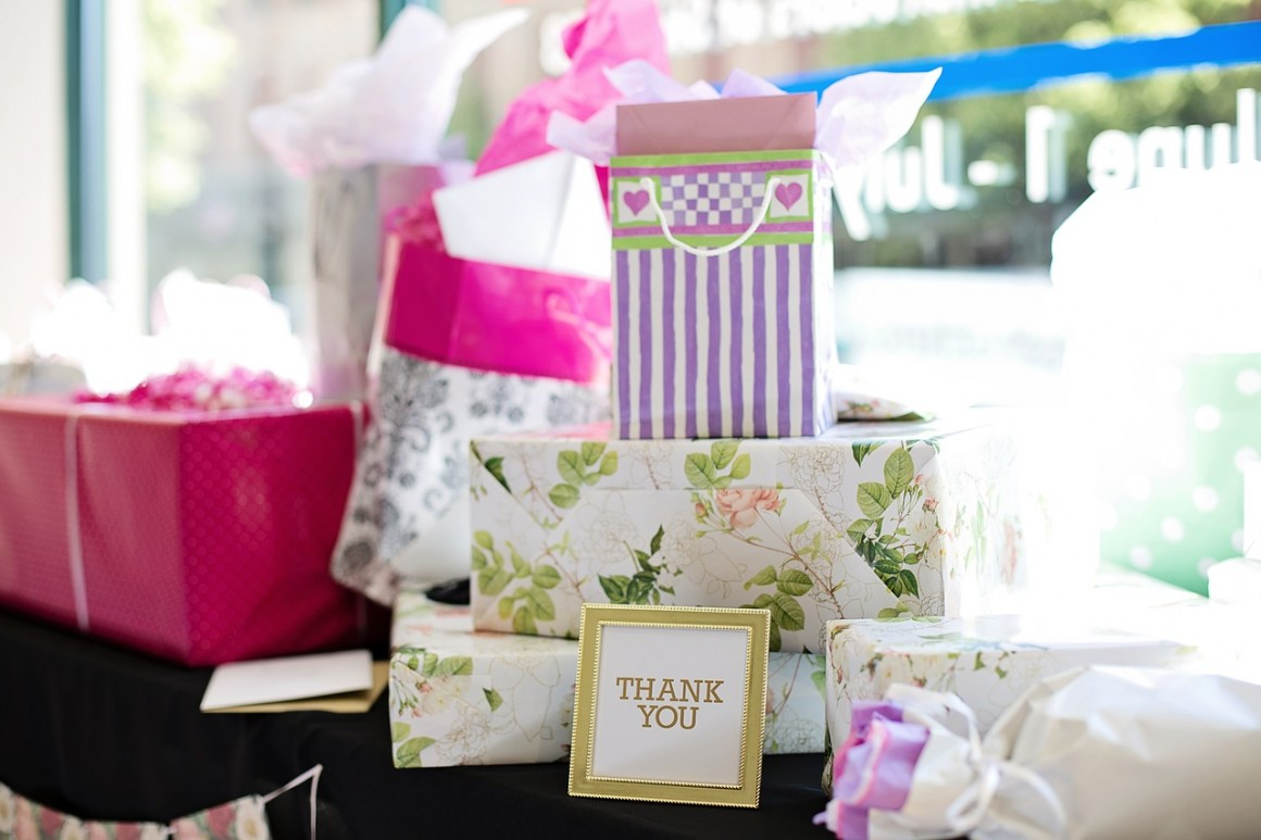 5 Unique And Affordable Ways To Approach Wedding Favors Favors
