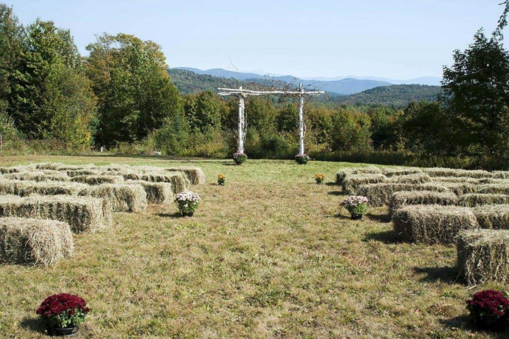 Country Style wedding with hay bales and barns