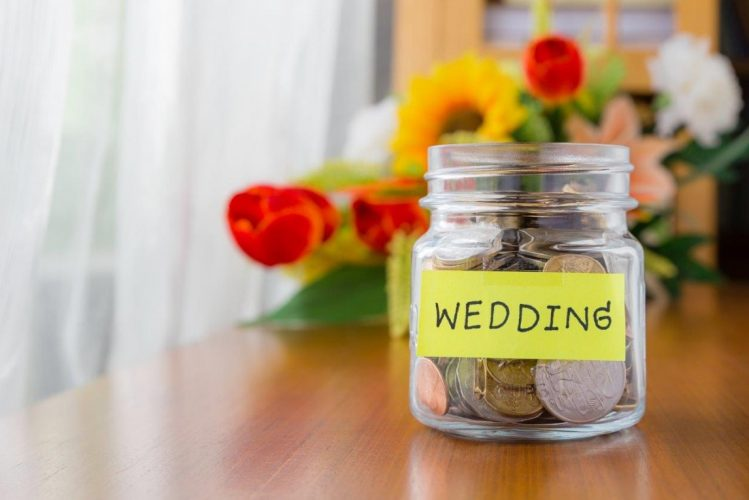 wedding saving tips