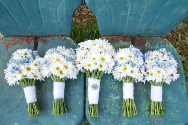 Cheap Ways to Make Flowers Look Awesome
