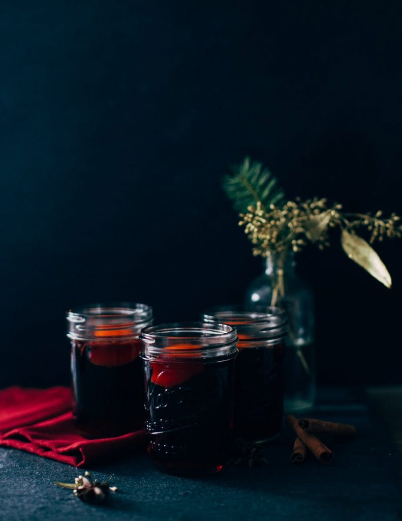 mulled wine wedding cocktail