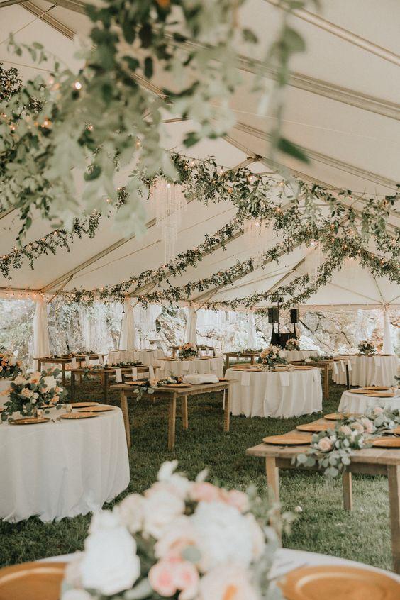 natural green outdoor wedding reception