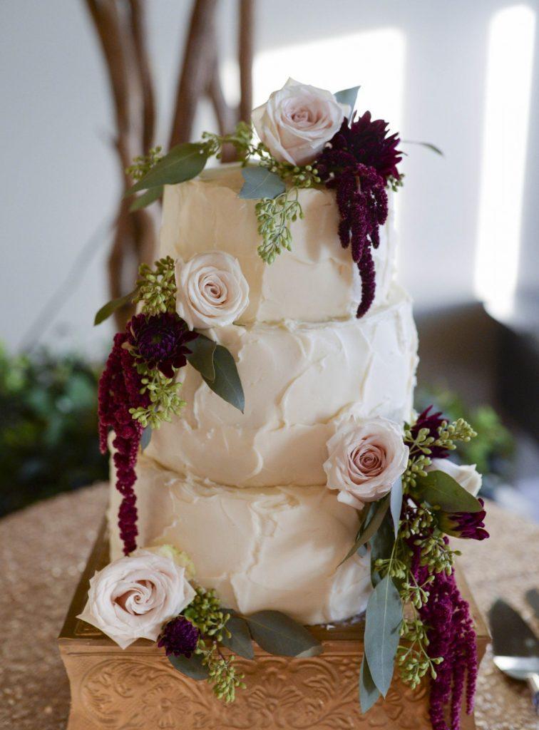 cranberry and sage wedding cake