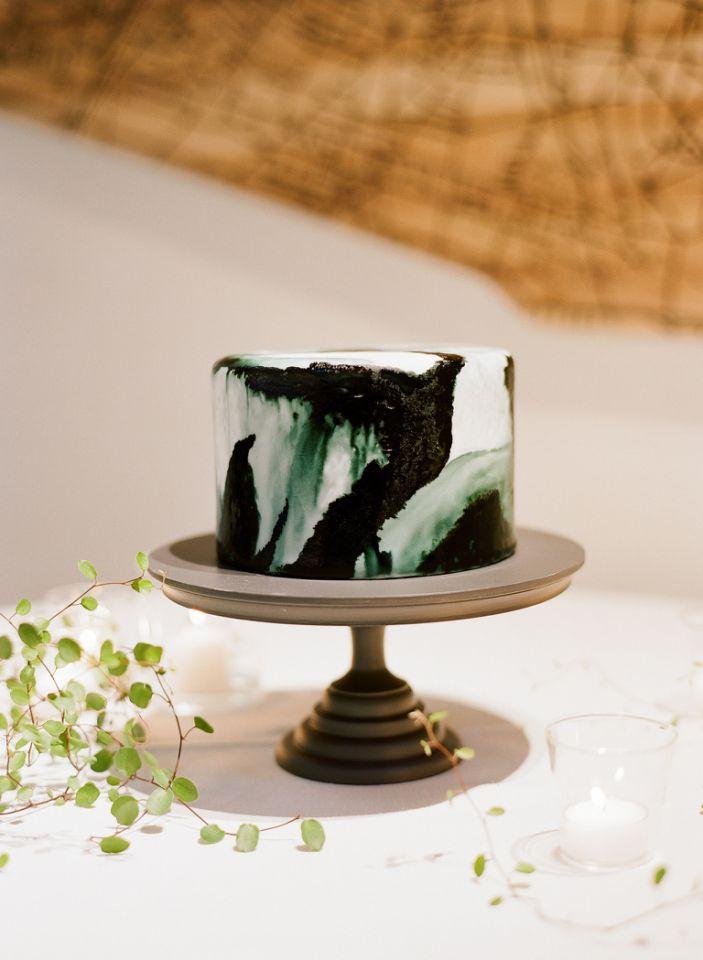 emerald and black wedding cake
