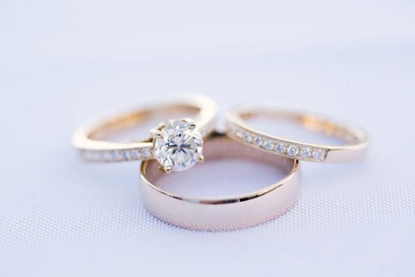 Engagement & wedding ring with wedding band