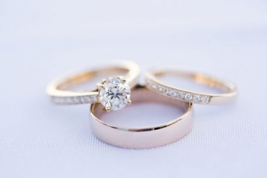 Engagement & wedding ring with wedding band