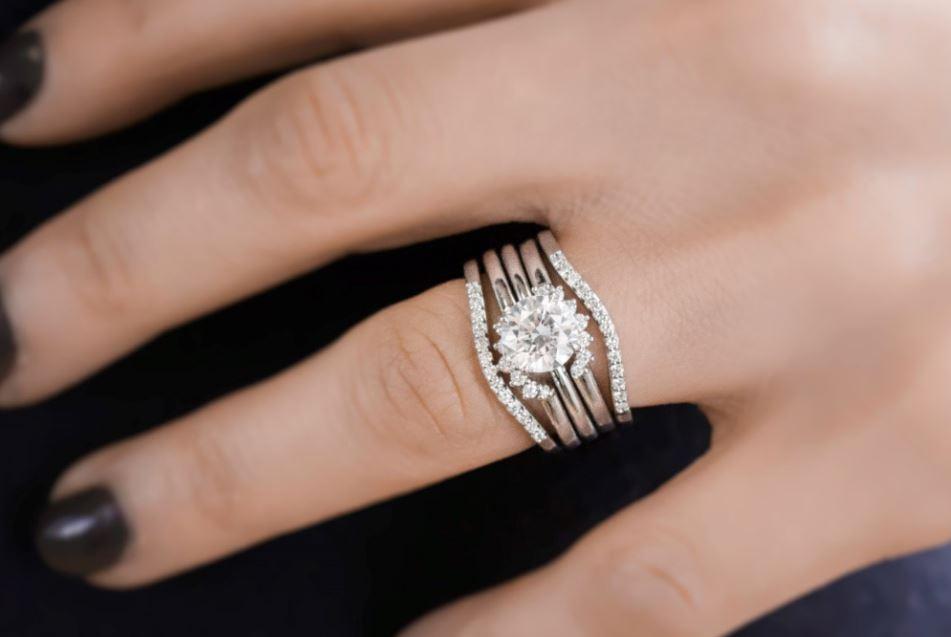 Nested wedding rings