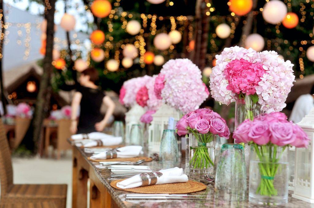 pink flower centerpieces at wedding reception